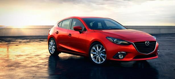 В сети появился первый тизер обновленного хэтчбэка Mazda 3