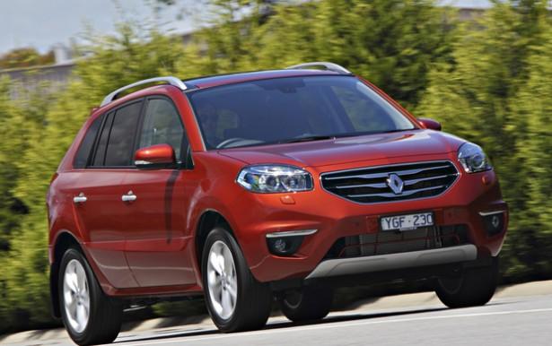 Дилеры Renault распродали остатки хэтчбэка Megane и кроссовера Koleos