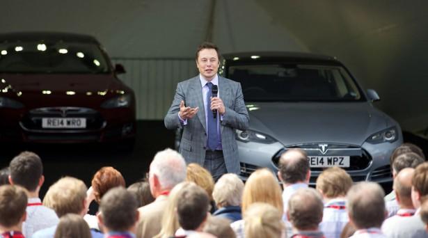 Элон Маск Tesla 4