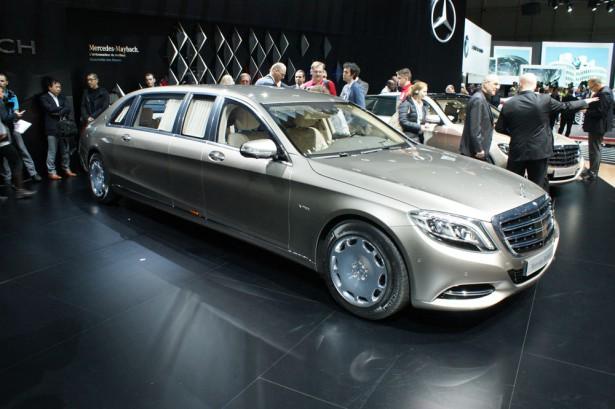 Landaulet Mercedes Maybach S600 2016  11