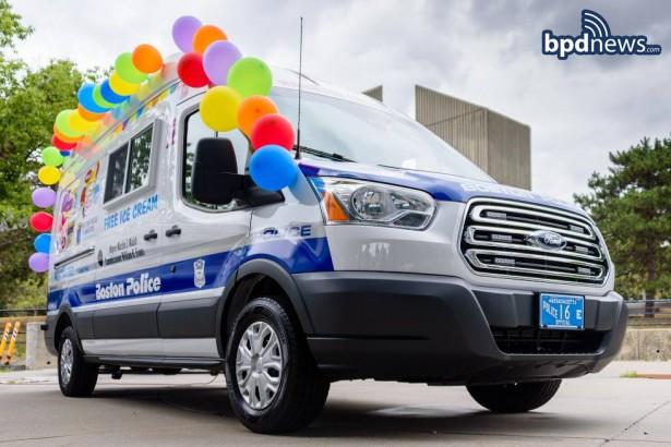 Ford Transit полиция мороженное Бостон 1