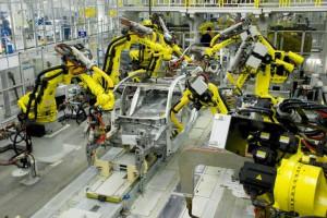 Петербургские автозаводы замедлили спад производства