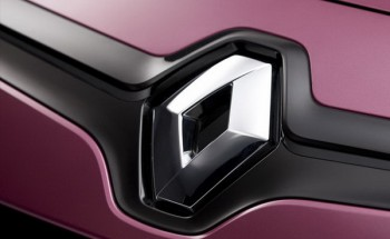 поставит российские моторы на автомобили Renault