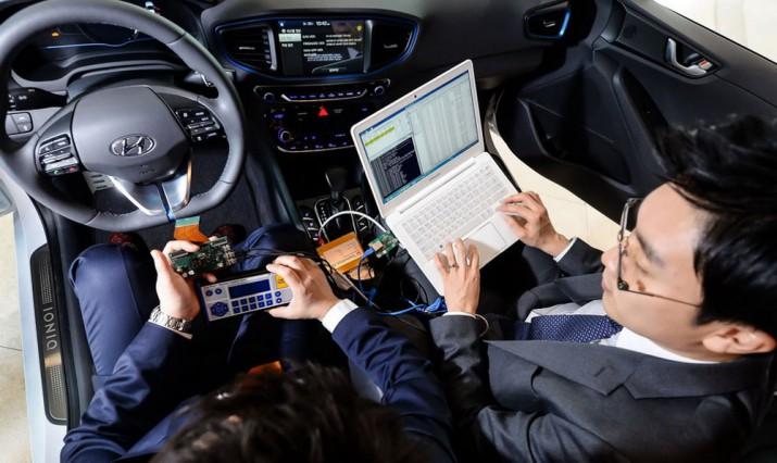 Hyundai может стать партнером Google