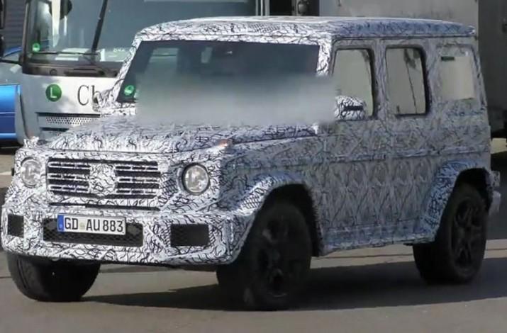 Mercedes G-Class 1