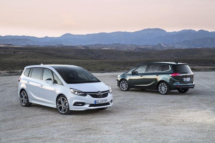Opel Zafira 2017 01