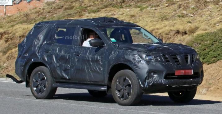 Внедорожник на базе пикапа Nissan Navara показался в серийном кузове