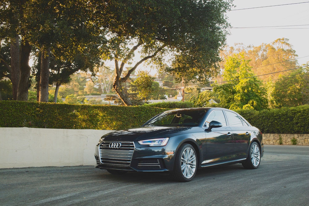 http://avtovolgograda.ru/wp-content/uploads/2016/10/Audi-A4-2.0T-Quattro-2017-Foto-03.jpg