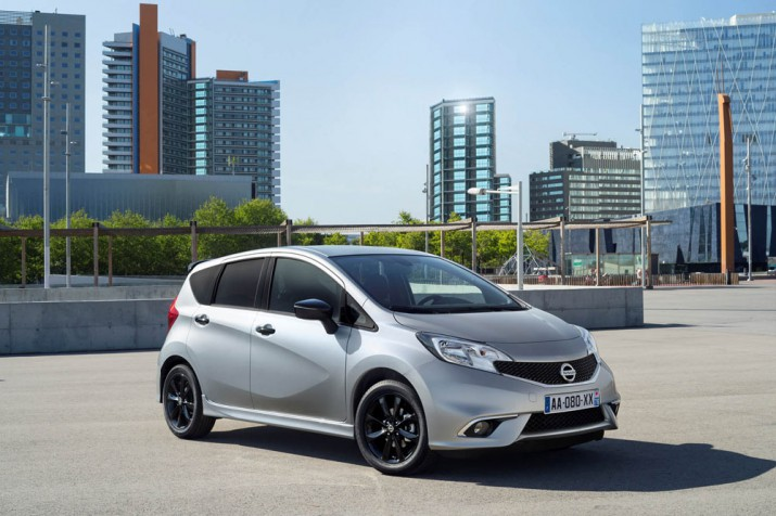 Nissan Note 2017 Фото 01