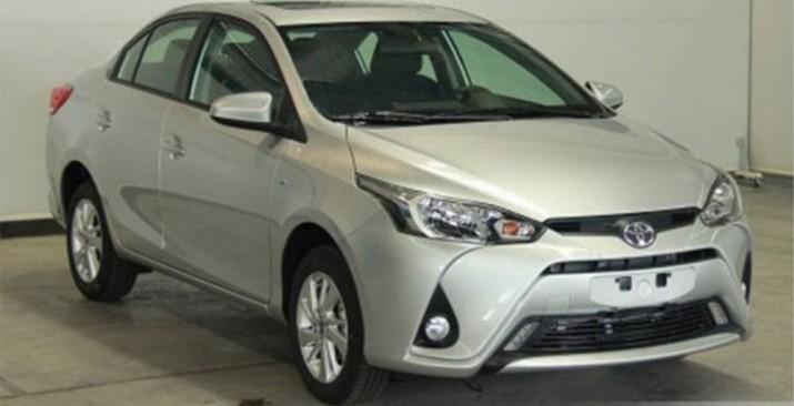 Toyota Yaris L предстал на официальных фотографиях