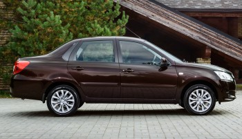 продажи седана Datsun on-Do с коробкой JATCO