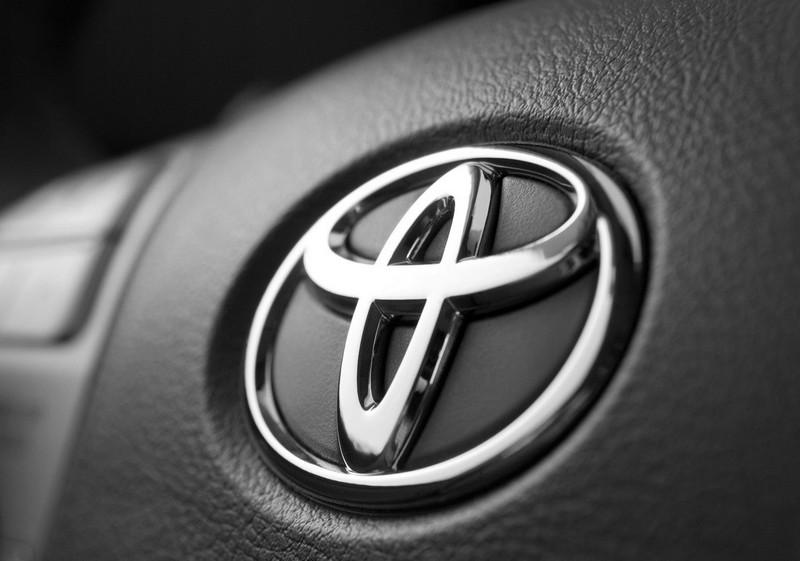 Тойота Corolla наиболее продаваемый автомобиль вмире