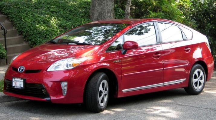 Toyota начинает масштабную сервисную акцию по всему миру