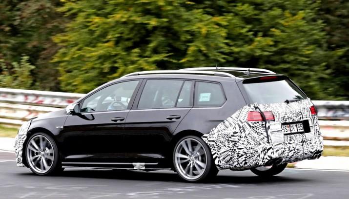 Volkswagen тестирует спортивную модификацию Golf R
