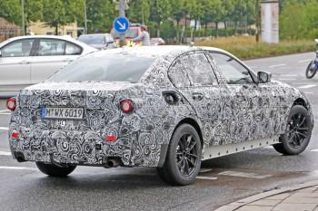 BMW 320D проходит испытания на износ