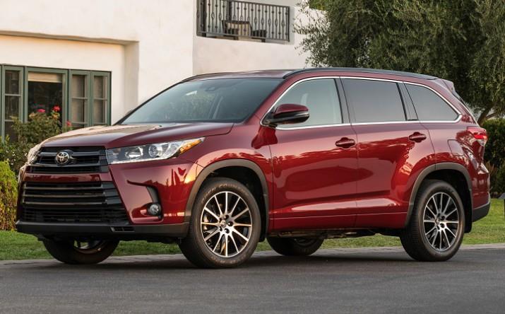 внедорожник Toyota Highlander получил официальный ценник