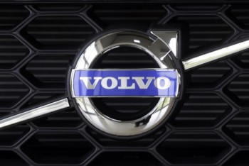 Volvo отзывает крупную партию автомобилей из-за проблем с ремнями безопасности