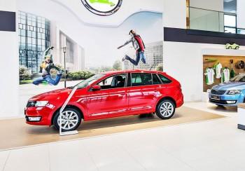 месяц 22 компании подняли цены на автомобили в России