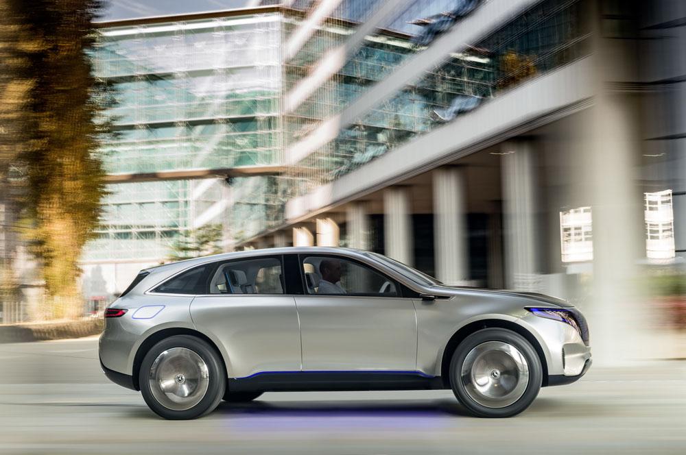 Benz планирует выпускать поодной модели электромобиля вгод