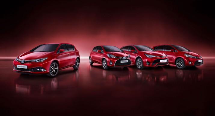 Toyota Yaris, Auris, Verso и Avensis 2017 фото 02