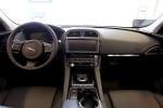 Jaguar F-Pace тест-драйв Фото 05