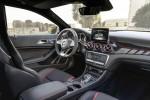 Mercedes-Benz GLA 2017 Фото 09