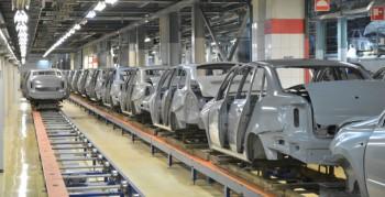 Производство легковых автомобилей в России в январе пошло в гору