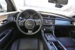 Тест-драйв Jaguar XF Фото 16