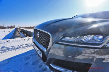 Его глаза - Ваши глаза! Адаптивная светодиодная оптика Jaguar XF.
