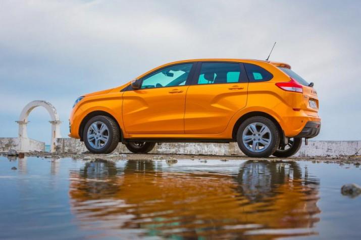 Lada XRAY вошла в первую десятку российских бестселлеров