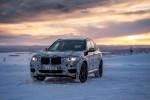 Новый BMW X3 вышел на заснеженный полигон