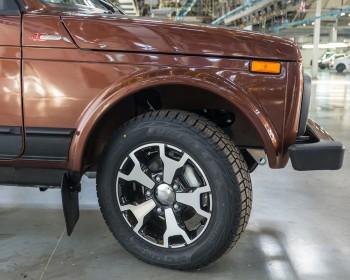Автоваз озвучил ценник на юбилейную версию Lada 4x4 Anniversary