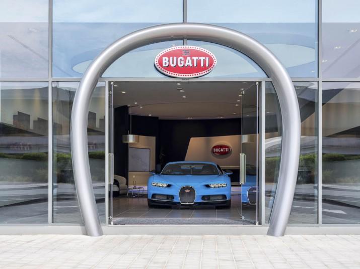 Автосалон Bugatti Дубаи 2017 Фото 6