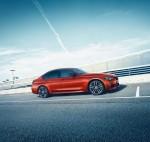 BMW 3-Series 2018 Фото 01