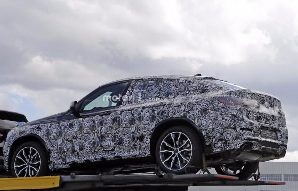 Новое поколение BMW X4 впервые замечено фотошпионами