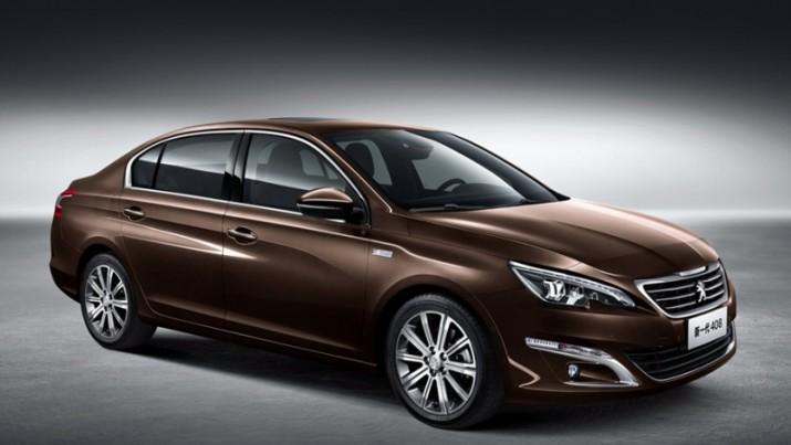Новое поколение седана Peugeot 408 для РФ официально представили публике