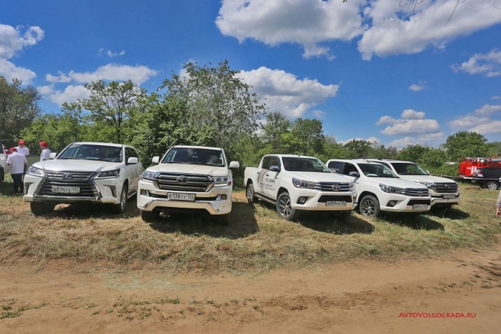 тест драйв внедорожников Toyota Агат Волгоград 2017 Фото 02