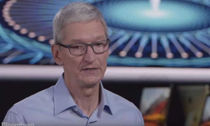 Глава корпорации Apple Тим Кук