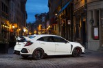 Honda Civic Type R 2017 фото 12