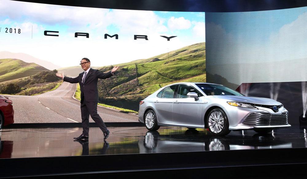 Восьмая Тойота Camry обзавелась медиасистемой наосновеОС Linux