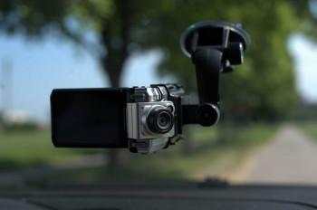 Хороший видеорегистратор для автомобиля