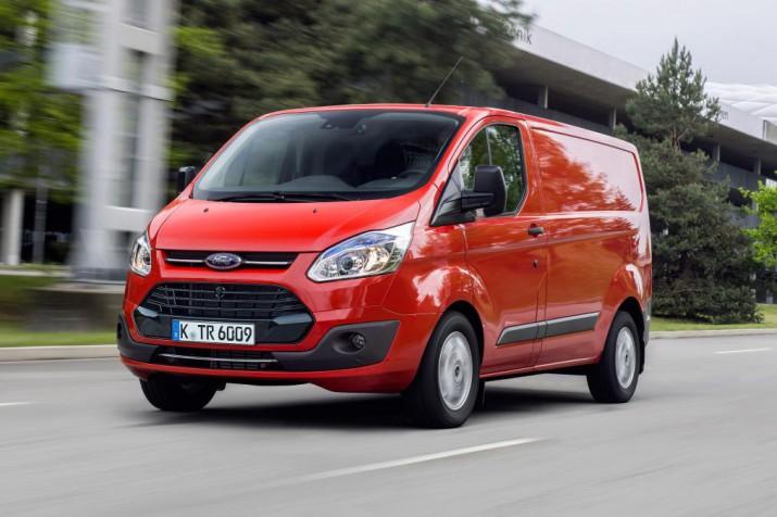Новый фургон Ford Transit Custom приедет в Россиию в 2017 году