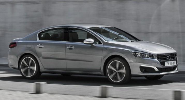 Шпионы показали салон нового Peugeot 508 1