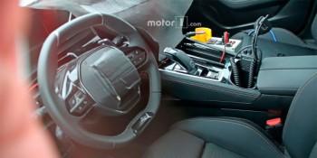 Шпионы показали салон нового Peugeot 508