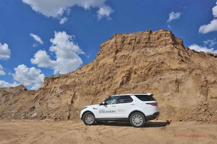 Тест-драйв Land Rover Discovery 5 2017 Фото 14