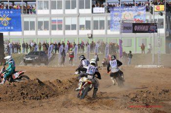 Финальная гонка сезона на внедорожниках Остров OFF/Road 2017 в Волгограде