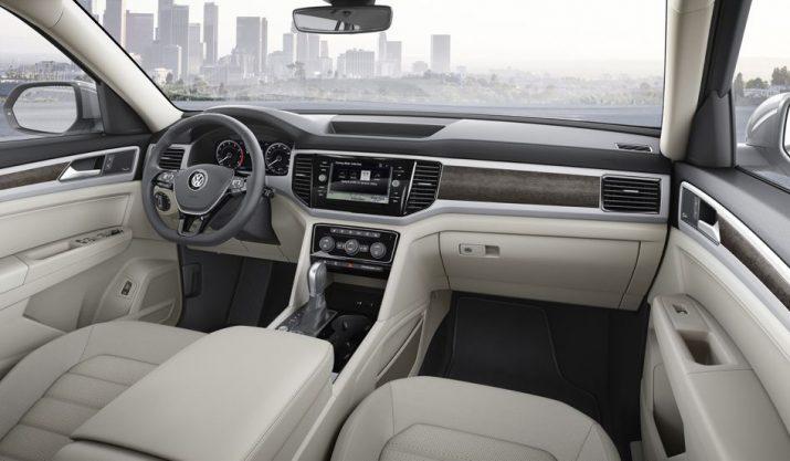 Семиместный Volkswagen Teramont интерьер