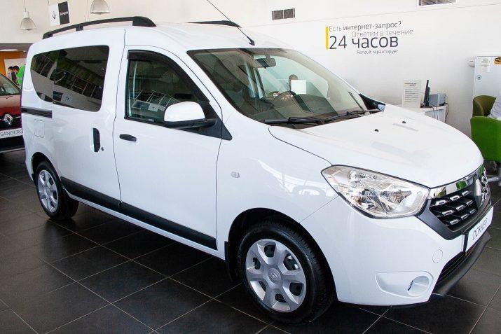 Renault DOKKER удобен для ежедневных деловых и семейных поездок, путешествий, перевозки вещей и мелких грузов