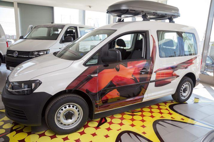 Volkswagen Caddy: надежный и универсальный автомобиль с широкими возможностями трансформации