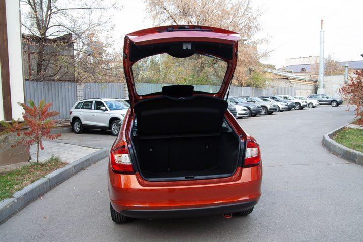 Большое багажное отделение ŠKODA RAPID – одно из главных преимуществ авто